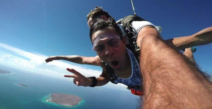 Video] Gary Valenciano Jumps Off A Plane! - Orange Magazine