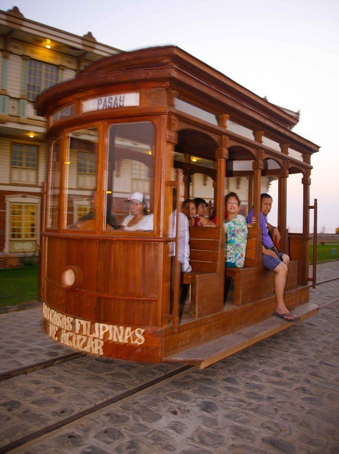 Experience old manila s tramvia at las casas filipinas de - Casas en tavernes de la valldigna ...