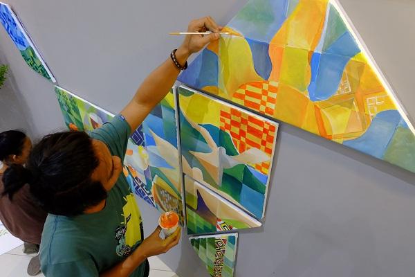 Filipino Artists Get Wider Reach In SM Malls - Orange Magazine